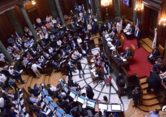 NIVEL SECUNDARIO: Votación del Proyecto de Ley presentado por 3er año